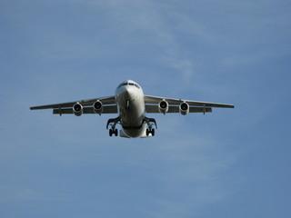 Flugzeug Landeanflug auf Hannover Langenhagen