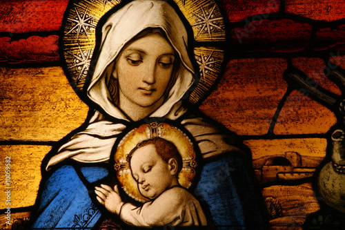 Fotobehang Temple Stained glass depicting the Virgin Mary holding baby Jesus