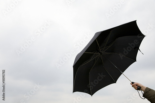 Umbrella as lightning rod! - Physics Help and Math Help - Physics