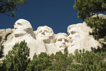 closeup view of Mount Rushmore National Monument
