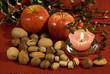frutti e colori autunnali con candela