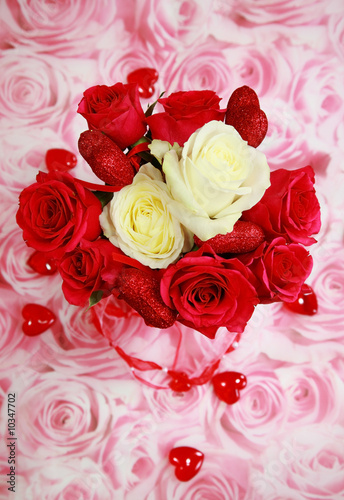 Red and white rose bouquet for Valentine with small hearts