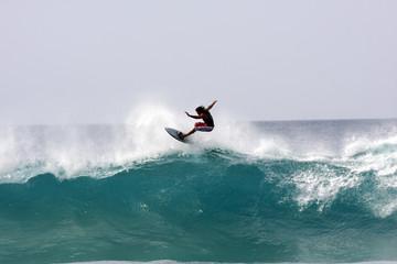 Tow in Surfen