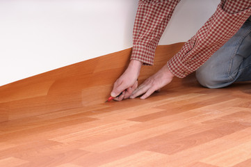 floormaker making a linoleum floor