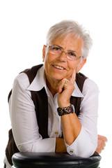 Zufriedene ältere Dame
