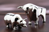 Bull and bear figurine, close-up