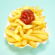 Pommes frittes, Pommes mit Ketchup, close-up