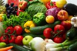 Grupa różnych owoców i warzyw
