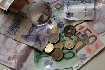 denaro cinese ed europeo