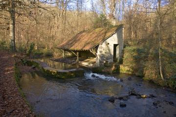 france,vallée de chevreuse : yvette, lavoir