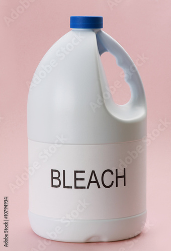 laundry bleach - 10794934