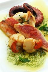 Capesante con filetti di triglie e polipo - Secondi di pesce