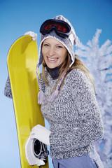 female snowboarder