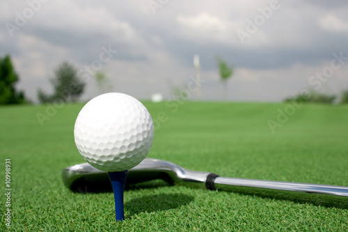 golf ball and Club view shade