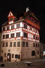Albrecht Dürer Haus Nürnberg bei Nacht