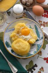 Cocottine di polenta e uova - Antipasti del Trentino Alto Adige