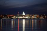 Fototapety Skyline of Madison Wisconsin at night