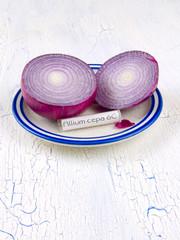 Allium cepa homeopathic medicine with red onion