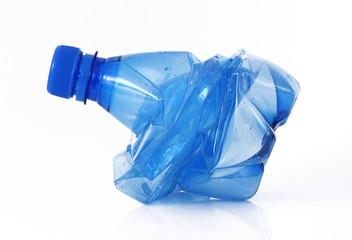 bottiglia schiacciata