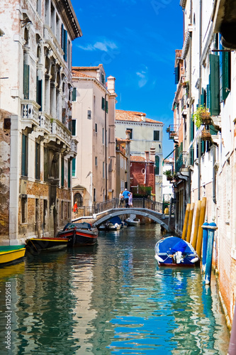 Deurstickers Kanaal A canal in Venice
