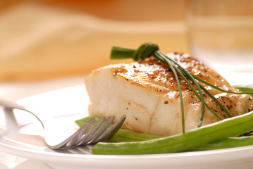 Cod fillet with green beans
