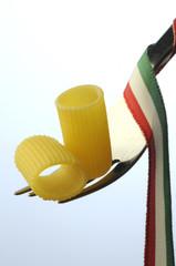 Mezze maniche - Pasta italiana