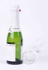 Kleine Sektflasche