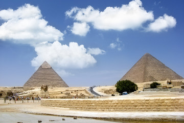 Sphinx and pyramids in Giza, Cairo - one from 7 wonder world