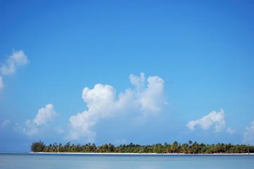 Motu: Tahiti, Bora Bora, Maupiti, Huahine, Polynesia Islands