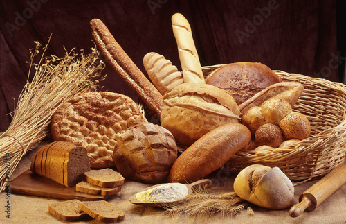 Group of different bread - 11569714