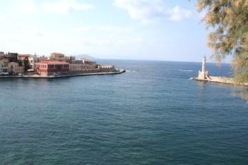 Port et phare vénitien d'Hania en Crète