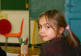 élève se retournant en classe poster