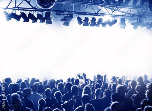 Konzert-Publikum blau weiss