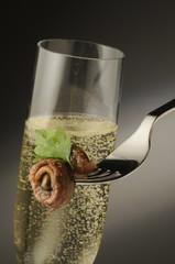 Aperitivo con filetto di acciughe al pistacchio