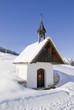 Leinwanddruck Bild - Kapelle in den Bergen
