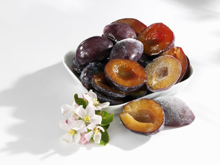 plums, frozen