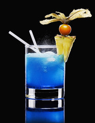 drink made with blue curaçao