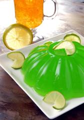 Gelatina de naranja con limón. México