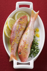 red mullet with lemon sauce and thyme