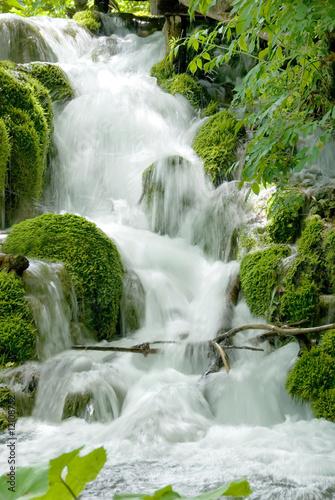 zielony-wodospad