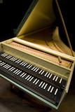 clavecin-ancien-02