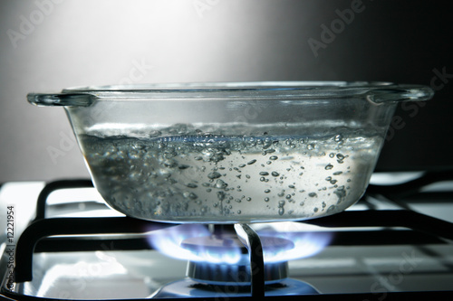 Leinwandbild Motiv Glass saucepan