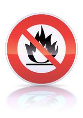 Panneau d'interdiction aux produits inflammables (reflet métal)