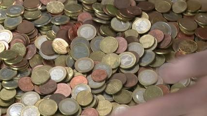 Geld zusammen raffen