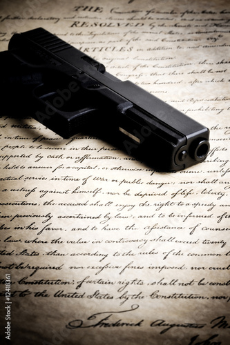 gun on US constitution