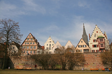 Stadtmauer Ulm mit Münsterblick
