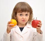 bimba a cui non piace la frutta poster