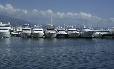 Puerto Deportivo Banús