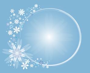 Cercle de fleurs  blanches sur fond dégradé bleu ciel