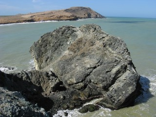 roca en el caribe
